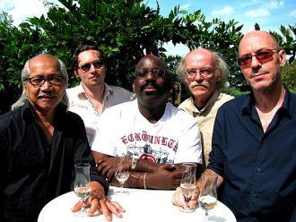 Die Musiker der deutschen Band Bayon