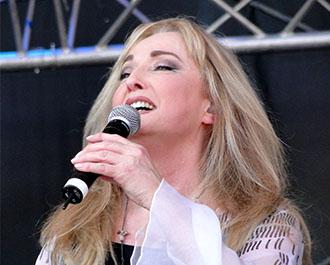Veronika Fischer & Band bei einem Auftritt